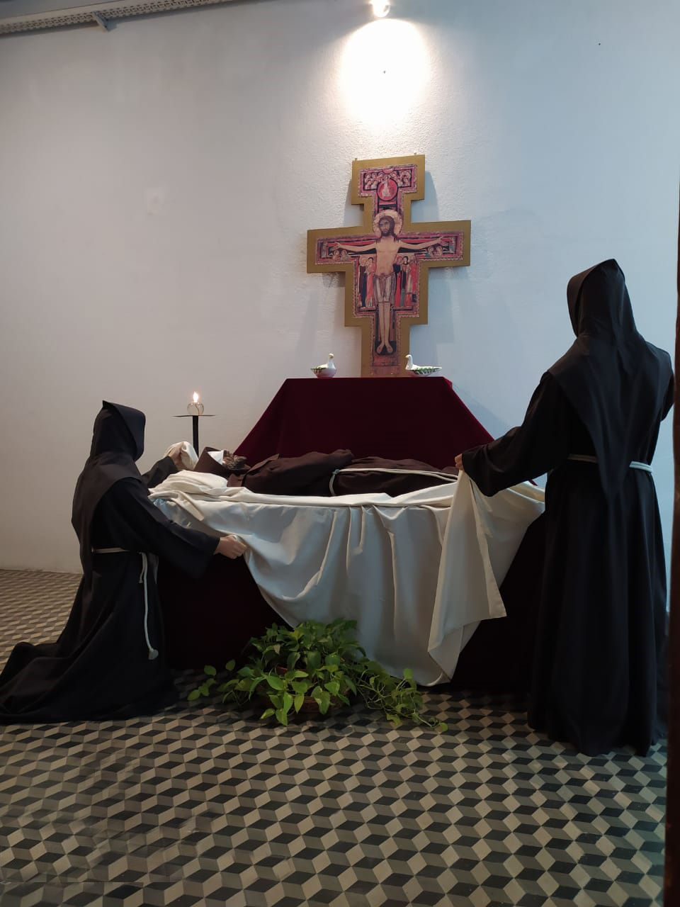 The friars of the monastery of Buenos Aires while commemorating the Transitus of St. Francis of Assisi, October 2020
