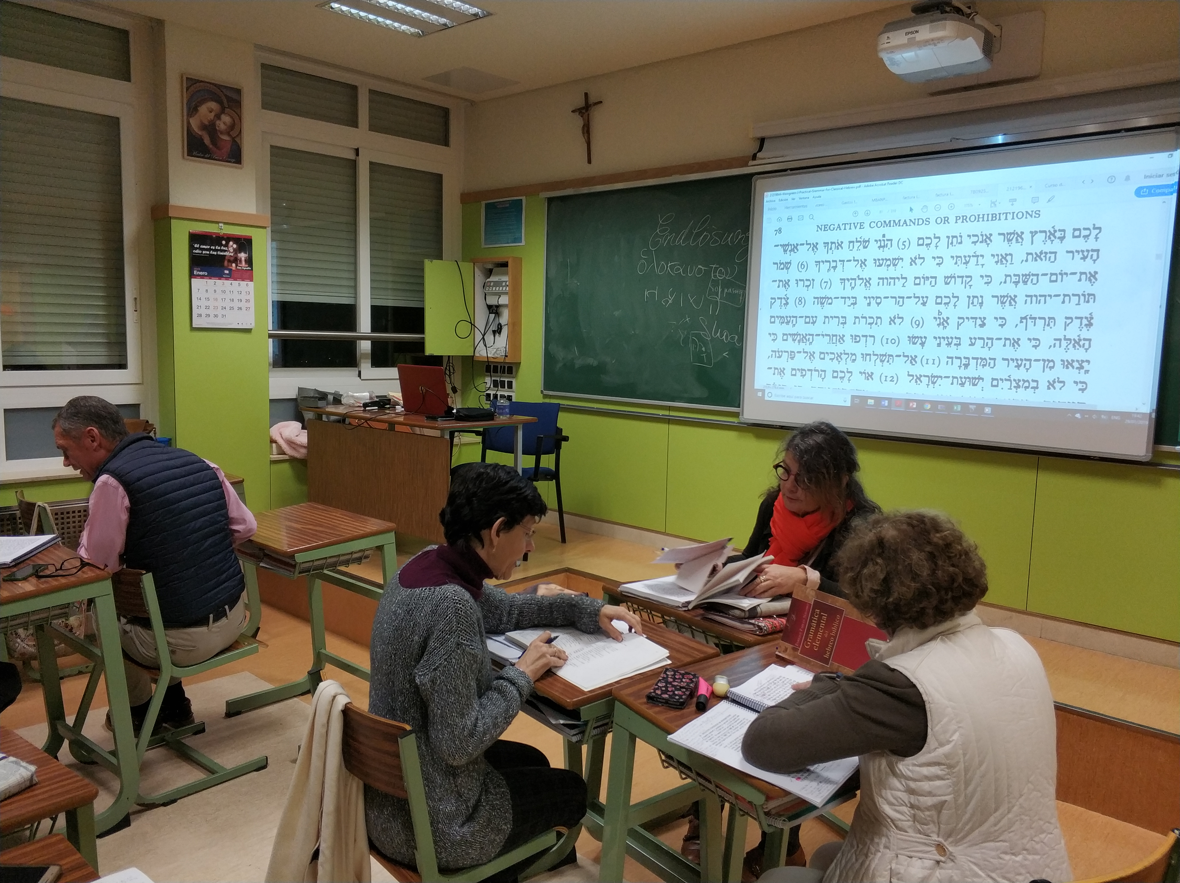 A Biblical Hebrew class at the Centro Tierra Santa in Madrid